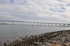 Puente de San Diego - de Coronado en California imagen de archivo
