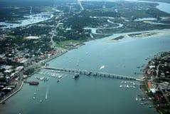 Puente de St Augustine FL de la visión aérea de leones Fotos de archivo libres de regalías