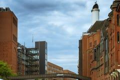 Puente de Stilwerk entre los edificios en Hamburgo Imágenes de archivo libres de regalías