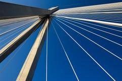 Puente de suspensión abstracto del cable Fotografía de archivo