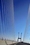 Puente de suspensión con las cubiertas fotos de archivo