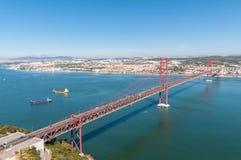 Puente de suspensión en Lisboa Imágenes de archivo libres de regalías