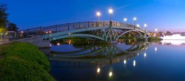 Puente de Tsaritsino en la noche Imágenes de archivo libres de regalías