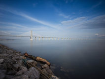 Puente de Vasco da Gama Fotos de archivo