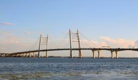 Puente del automóvil en St Petersburg Foto de archivo