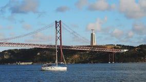Puente del 25 de abril almacen de video