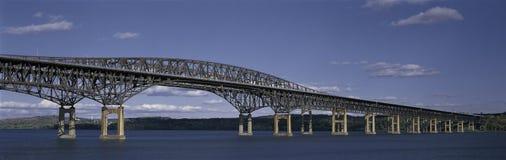 Puente del faro Imágenes de archivo libres de regalías