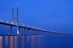 Puente del Gama de Vasco DA, el puente más grande de Europa Imagen de archivo libre de regalías