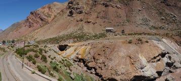 Puente Del Inca in Argentinien Anden Lizenzfreie Stockfotos