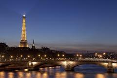 Puente del Invalides, París Imagen de archivo