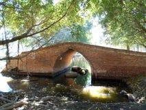 Puente del ladrillo rojo Foto de archivo libre de regalías