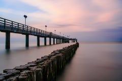 Puente del mar en Kuehlungsborn Foto de archivo
