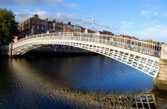 Puente del medio penique, Dublín Fotografía de archivo libre de regalías