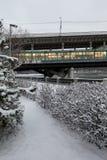 Puente del metro a través del río de Moscú Fotos de archivo libres de regalías