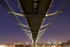 Puente del milenio Imagen de archivo libre de regalías