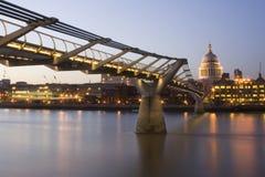 Puente del milenio Foto de archivo libre de regalías
