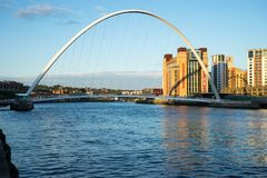 Puente del milenio de Gateshead Foto de archivo libre de regalías