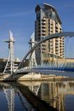 Puente del milenio - Manchester en Inglaterra Imagen de archivo