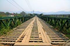 Puente del monumento de la Segunda Guerra Mundial Foto de archivo