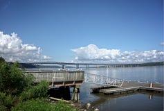 Puente del Newburgh-faro en el Hudson Fotos de archivo libres de regalías