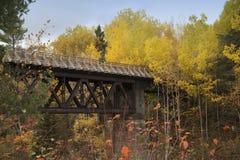 Puente del país Imagenes de archivo