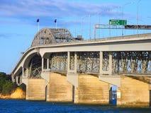 Puente del puerto de Auckland Imagen de archivo libre de regalías