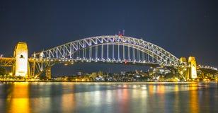 Puente del puerto que recorre Imagenes de archivo
