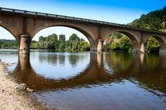 Puente del río de Dordoña Imagen de archivo libre de regalías