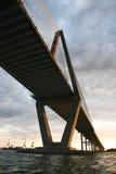 Puente del río del fabricante de vinos en Charleston. Imagenes de archivo