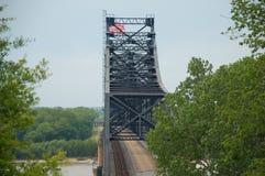 Puente del río Misisipi Imágenes de archivo libres de regalías