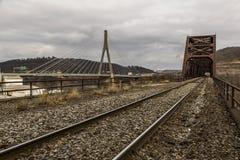 Puente del río Ohio - Weirton, Virginia Occidental y Steubenville, Ohio imagen de archivo