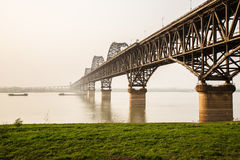 puente del río Yangzi de China imagenes de archivo