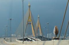 Puente del rama 9 del rey de Tailandia fotos de archivo libres de regalías