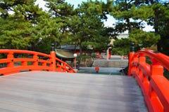Puente del tambor de la capilla de Sumiyoshi Taisha, Osaka Fotos de archivo libres de regalías