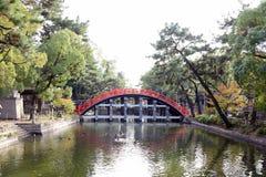Puente del tambor de la capilla de Sumiyoshi Taisha, Osaka Imagenes de archivo