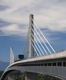 Puente del tren de cielo Imágenes de archivo libres de regalías