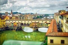 Puente del vecchio de Ponte en Florencia Foto de archivo