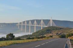 Puente del viaducto de Millau foto de archivo