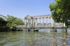 Puente del vidrio cristalino Fotos de archivo libres de regalías