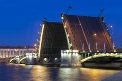 Puente divorciado del intercambio en St Petersburg fotografía de archivo libre de regalías