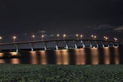 Puente dominante de la arena Fotografía de archivo libre de regalías