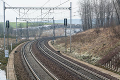 Puente eléctrico de la manera del tren imagen de archivo