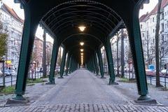 Puente en Berlín imagenes de archivo