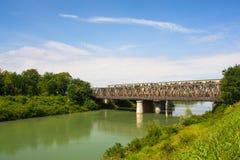 Puente en el río de Brenta Fotos de archivo