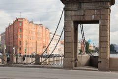 Puente en el río de Fontanka Fotografía de archivo libre de regalías