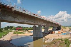 Puente en el río de Vistula Foto de archivo libre de regalías