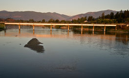Puente en el río Kootenai Foto de archivo