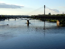 Puente en el río Vistula, Varsovia Fotografía de archivo
