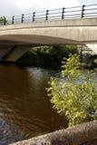 Puente en Enniskillen sobre el lago Erne, Co Fermanagh, I septentrional Foto de archivo libre de regalías
