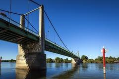 Puente en Francia Triel Sur el Sena fotografía de archivo libre de regalías